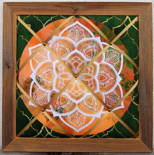 Altholz-Pinnwand Mandala orange